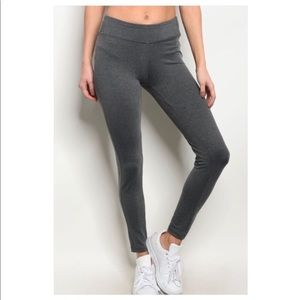 SMALL NEW! Grey Yoga Pants